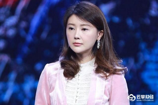 """中国""""好妻子""""甘薇首次被列入老赖名单!贷款14亿未还.jpg"""